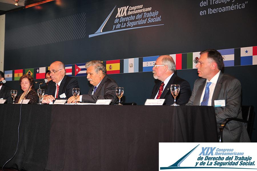 XIX Congreso 215 <br>[XIX Congreso Argentina]